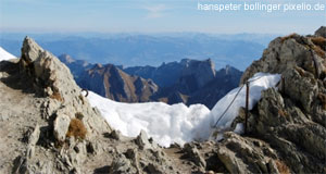 'The Alps are of course the most striking feature of Austria's physical geography' from the web at 'http://www.tourmycountry.com/austria/../graphics/alp-view.jpg'