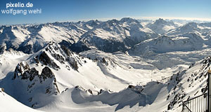 The Arlberg area doesn't contain the highest mountains of Austria, but the most ski-able ones